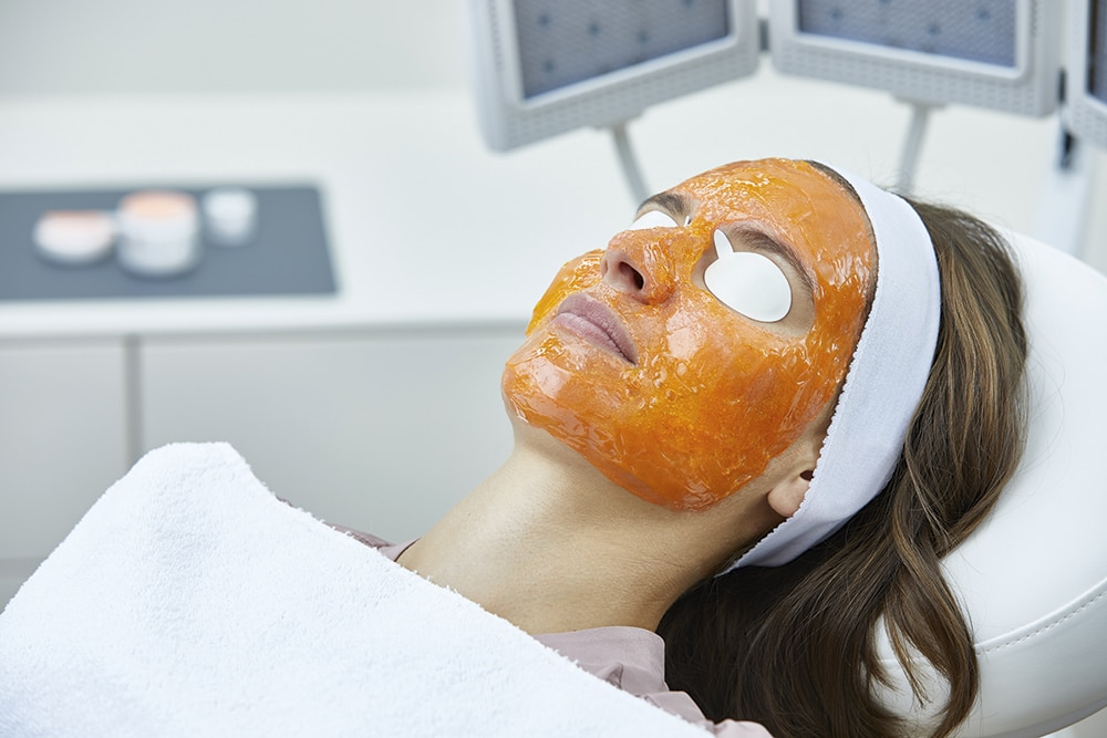 Kleresca patient side - Nicht-invasive biophotonische Gesichtsbehandlung