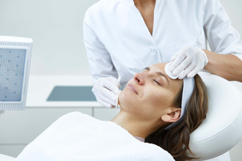 Skin Rejuvenation Behandlung 2 - Nicht-invasive biophotonische Gesichtsbehandlung